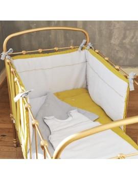 tour de lit en métis jaune et gris broderie point de croix CROSS STITCH
